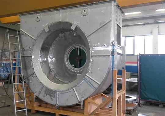 Inlet and discharge Conveyors